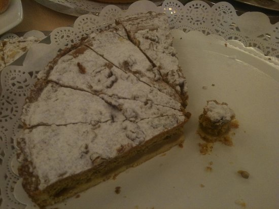 Ramada Naples: This is the Almond Pie I love! I had it for both mornings.