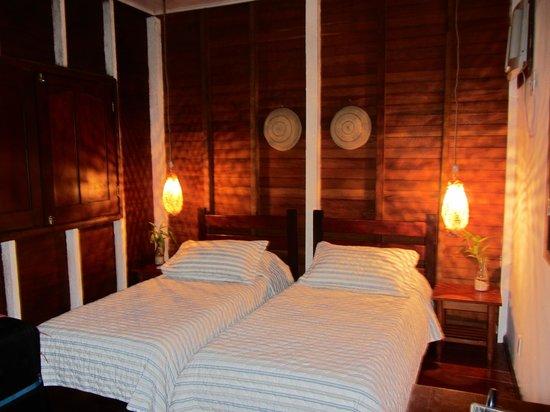 Amazon Ecopark Jungle Lodge : Cabin interior