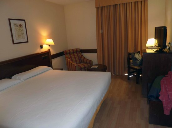 Hotel Oriente: habitacion