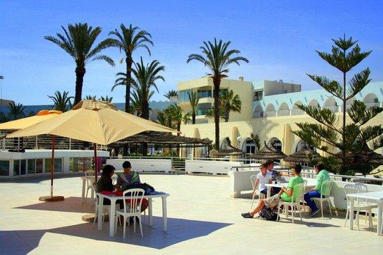PrimaSol El Mehdi: terrasse de l'hôtel
