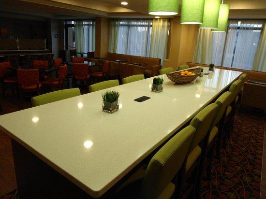Hampton Inn Orlando Near Universal Blv / International Dr: comedor