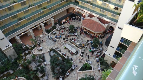 Embassy Suites by Hilton Fort Lauderdale 17th Street: Breakfast