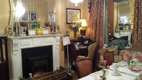 Kilronan House: Salon pour le thé/café
