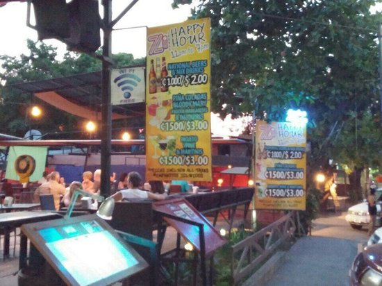 Zi Lounge Restaurant : Happy hour