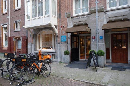 Hotel JL No76: Hotel facade
