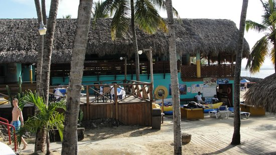 Casa Marina Beach & Reef: El Batey Buffet with Sea Scape patio in forground