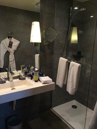 Sofitel Strasbourg Grande Ile : salle de bain