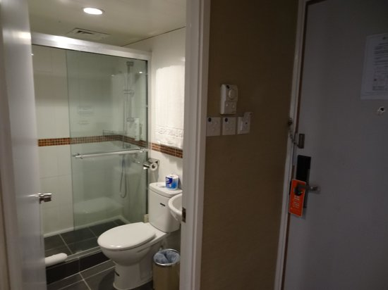 The Imperial Hotel : Bathroom
