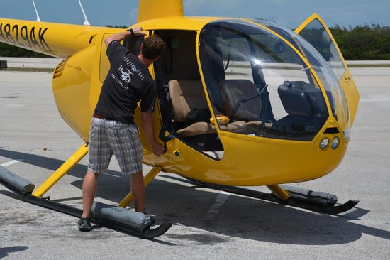 Old City Helicopters, LLC : with or without doors - it's your choice¨