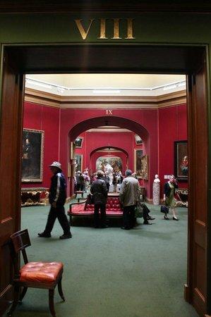 Scottish National Gallery: Многочисленные залы Галереи
