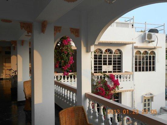 Poonam Haveli: veranda outside of my room