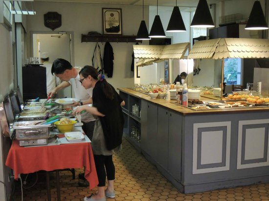 Hotel Campanile Liege Luik : Dinner Buffet