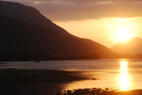 The Glencoe Inn: Sun set