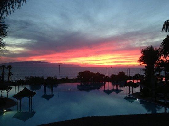Gran Melia Palacio de Isora Resort & Spa: Beautiful sunset