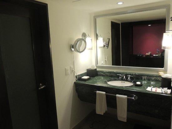 Krystal Grand Punta Cancun : Banheiro