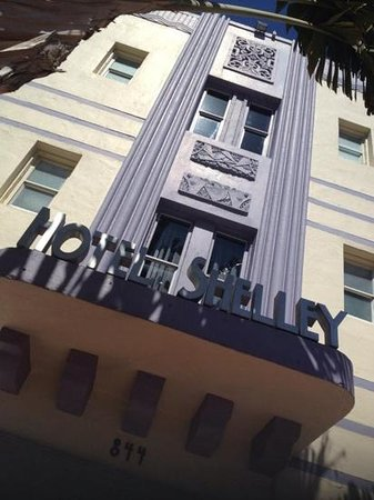 Hotel Shelley: Beautifully maintained ArtDeco inspired architecture