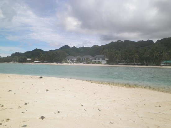 Muri Beach Club Hotel: View of hotel from islet in lagoon
