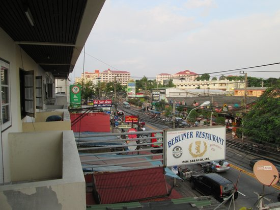 Barracuda Guesthouse : Balcony view