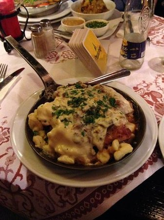 Pürstner: medaglioni di maiale in salsa ai funghi e gnocchetti di patate