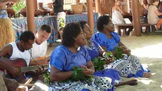 South Sea Island Accommodation: Entertainment post lunch