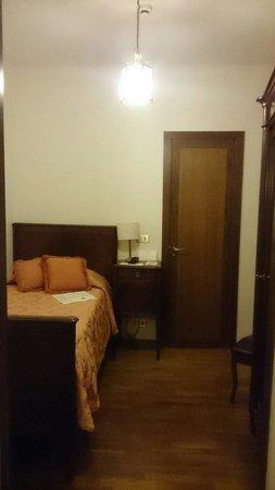 Albergo Cesari : Single bedroom