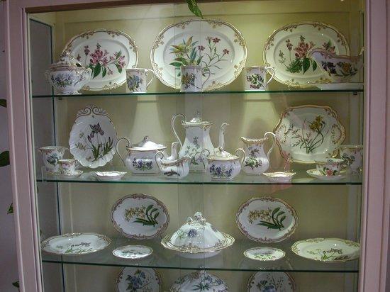 Musée du Verre et Cristal : Collezione di ceramiche
