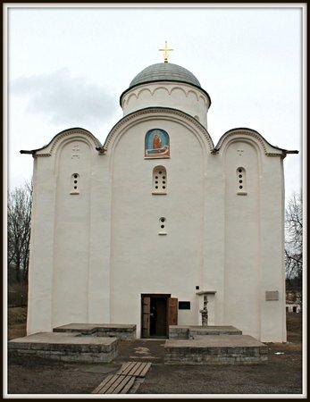 Staroladozhskiy Svyato-Uspenskiy Devichiy Monastery
