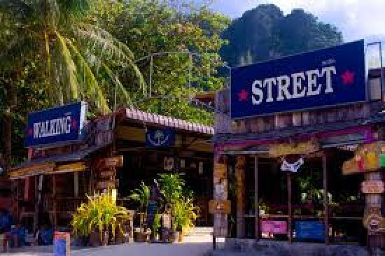 """Utopia International Delights: Take the Railay """"Walking Street"""" up from the beach, bear left where the shops end, and walk one"""