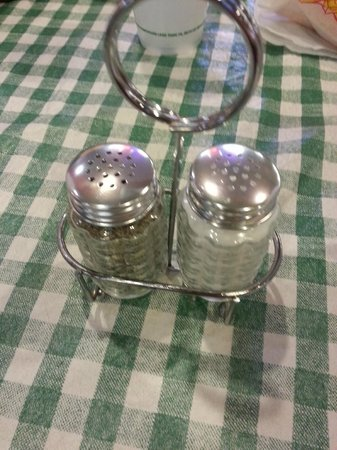 Maxwell's Hotdogs: Clean salt and pepper shakers on the tables