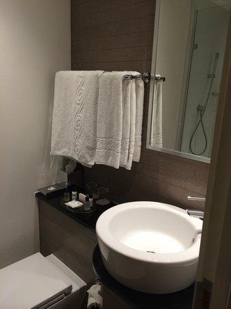 Thistle Euston: Salle de bain