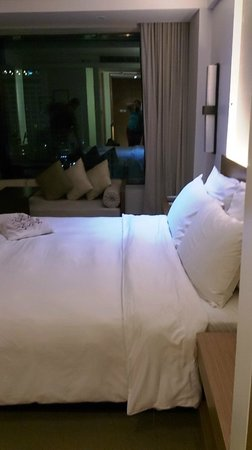 Le Meridien Chiang Mai: Lovely room with window seats