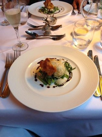 Knockendarroch House Hotel : y exquisita comida