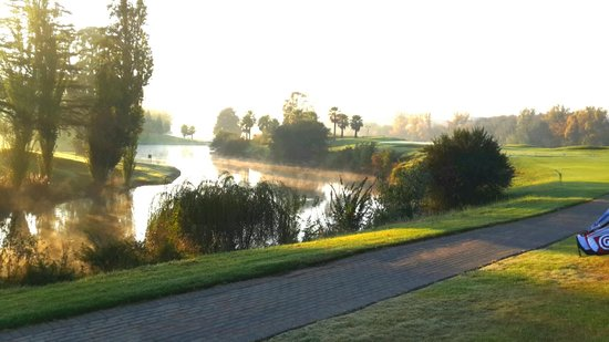 BON Hotel Riviera on Vaal: Par 3, 14th Hole, Riviera on Vaal Golf Course