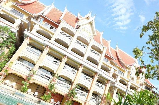 Aonang Ayodhaya Beach Resort : ตึกอโยธยา วิง ดูไปก็สวยดี