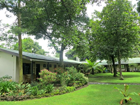 Traveler's Rest Hotel: The hotel grounds