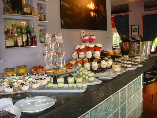 Patio Delray : Easter buffet brunch dessert table with endless mimosas