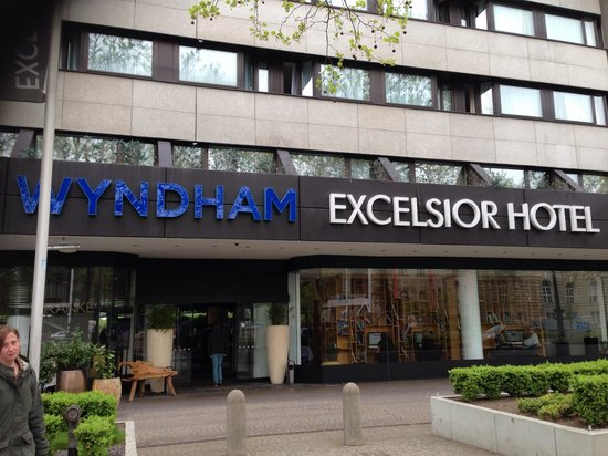 Wyndham Berlin Excelsior: The front