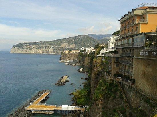 Grand Hotel Ambasciatori: View of hotel from Terrace