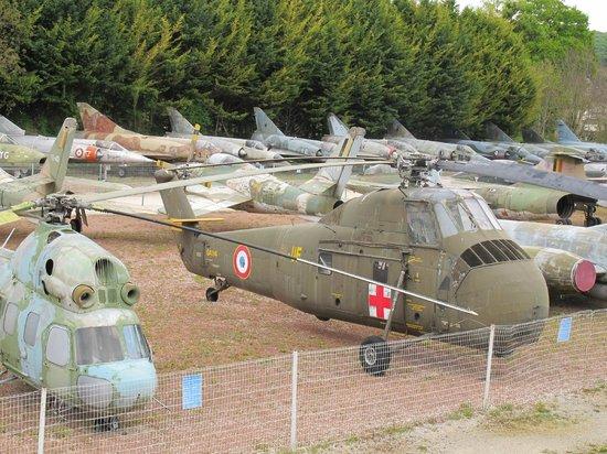 Château de Savigny-lès-Beaune: Even helicopters!