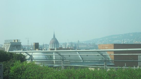 Hilton Budapest City: View from Executive lounge