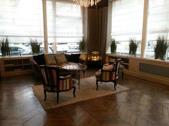 Hôtel Bradford Elysées - Astotel : Zona de estar