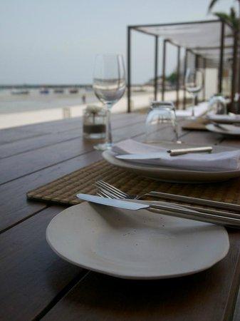 Putahracsa Hua Hin: Dining by the Beach