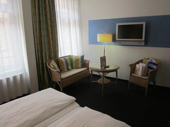 Hotel Am Markt: Room