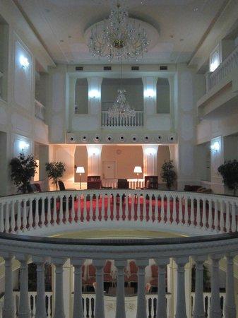 Esplanade Spa & Golf Resort: Main Hall