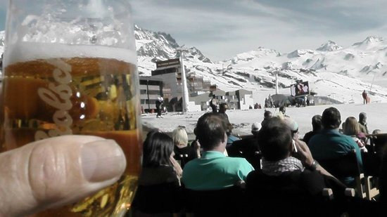 Restaurant La Face Ouest: Fantastic Easter weather. Cheers!