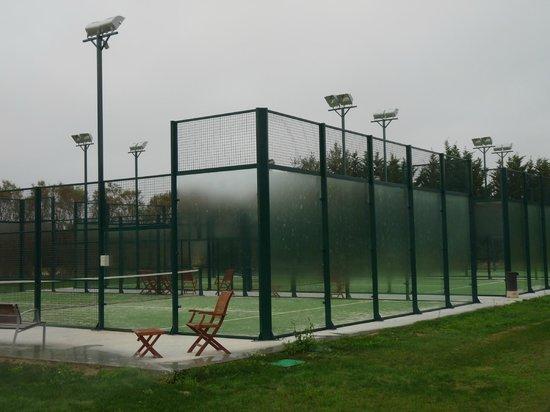 URH Moli del Mig: Pistas de tenis/paddle
