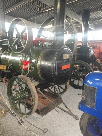 Museum of Lincolnshire Life: Steam Traction engine