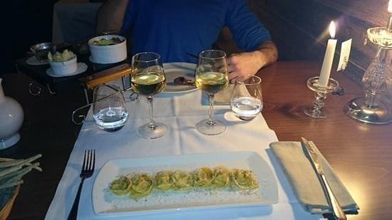 Restaurant L'Impossible : carre d'agneau et ravioli au potiron.