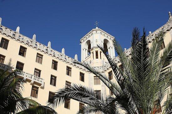 Hotel Nacional de Cuba: View of the outside