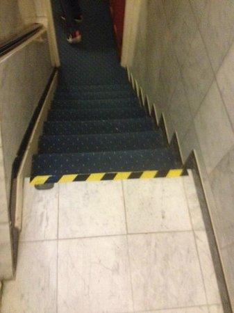 Whiteleaf Hotel: hazard tape on steps